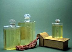 Cocaina en Flor, 1933 bottles from Museo Del Perfume