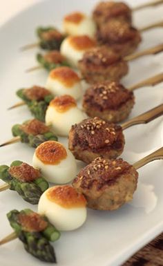 Japanese Recipe: Miso Tsukune Skewers, Bean Paste Chicken Meatball with Quail Egg and Asparagus|味噌つくね串