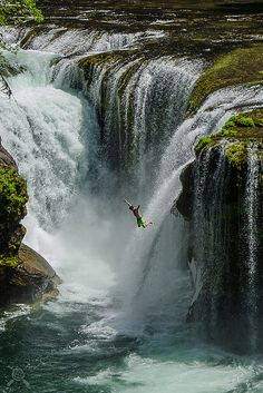 It's a beautiful world / Free fall at the Lower Falls, Gifford Pinchot National Forest / USA (by NWPaddler). Places Around The World, Oh The Places You'll Go, Places To Travel, Places To Visit, Around The Worlds, Travel Destinations, Beautiful Waterfalls, Beautiful Landscapes, Beautiful World