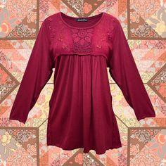 Vístete al estilo #Zoara con esta blusa y llénate de sencillez. ¡Realiza tu pedido de mayoreo! #TendenciaBoho #Estilo #Look #ModaMujer