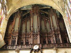 Organ in St Denis Basilica
