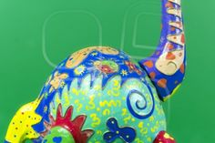 handicraft, craftwork, workmanship, giraffe, camelopard, colorful, colourful, colored, green background