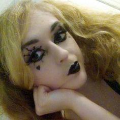 Practicing makeup to get ready for Katsu! I'm posting my line up soon!!! #katsu #katsucon #cosplay #cosplayer #harleyquinn #makeup #makeupartist #cosplaymakeup #blonde #cosplaygirl #dccomics #harleyquinncosplay #suicidesquad