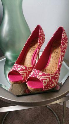 3201780e1d6 Anne Klein Women s Brown   Gray Zebra Kitten Heels - Size 6.5M ...