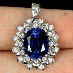 Vintage White Gold Oval Cut Blue Sapphire Pendant Necklace – Joy of London Sapphire Pendant, Sapphire Diamond, Halo Diamond, Blue Sapphire, White Topaz, White Gold, Pendant Necklace, Jewels, Birthday Gifts