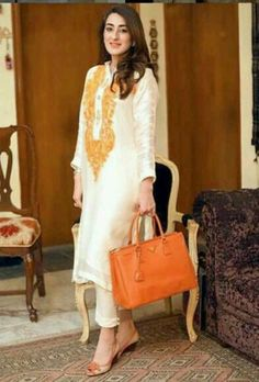 Indian Party Wear, Indian Wedding Outfits, Pakistani Outfits, Indian Wear, Indian Outfits, Stylish Dresses, Simple Dresses, Casual Dresses, Kashmiri Suits
