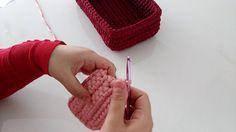 Video penye sepet hazırladık. Kolay dikdörtgen örgü sepet yapımı. Ev dekorasyonunda kullanabilirsiniz. Çok şık ve kolay. Penye ipten sepet yapımı anlatımlı