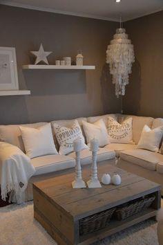 Wohnzimmer graue Wand ähnliche tolle Projekte und Ideen wie im Bild vorgestellt findest du auch in unserem Magazin . Wir freuen uns auf deinen Besuch. Liebe Grüße