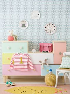 Here're some seriously clever Ikea hacks to transform a simple Ikea chest of drawers into a dreamy furniture. 5 fabulous Ikea hacks to inspire us all.