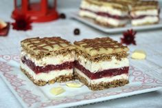 """Sweet sin"" cake Miremirc - Foot and Drink Romanian Desserts, Romanian Food, Desserts For A Crowd, Easy Desserts, Cake Recipes, Dessert Recipes, Christmas Dishes, English Food, Pavlova"