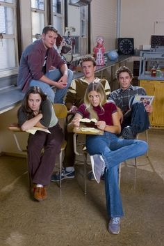 "20 Rare ""Freaks And Geeks"" Promo Photos 