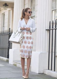 25 Looks with Fashion Blogger Nada Adelle Glamsugar.com Work outfit