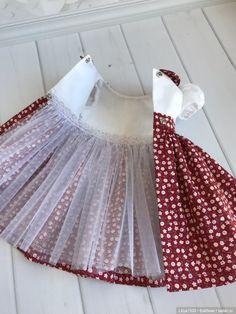 Kids Dress Wear, Kids Gown, Baby Dress, Kids Summer Dresses, Little Girl Dresses, Girls Dresses, Sewing Doll Clothes, Barbie Clothes, Doll Dress Patterns