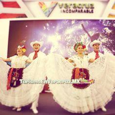 Sabores de #Veracruz conquistan http://www.turismoenveracruz.mx/2014/05/sabores-al-natural-conquistaron-a-asistentes-al-tianguis-turistico/