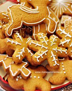 Pierniczki Świąteczne Christmas Baking, Christmas Cookies, Mary Christmas, Christmas Recipes, Xmas, Baking Recipes, Keto Recipes, Cheesecake Pops, Confectionery