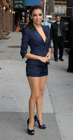 Gabrielle Solis, Petite Latina, Pretty Toes, Pretty Face, Great Legs, Beautiful Legs, Beautiful Women, Blue Shorts, Mini Shorts
