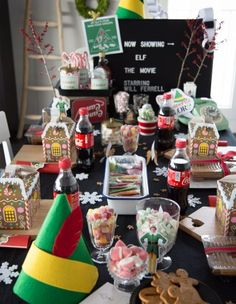 Elf movie party tablescape and setup inspiration Elf Christmas Decorations, Christmas Party Ideas For Teens, Christmas Movie Night, Adult Christmas Party, Office Christmas, Christmas Brunch, Christmas Party Decorations, Xmas Party, Christmas Elf