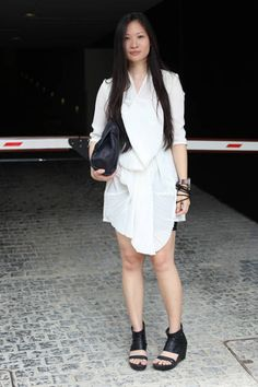 Singapore Who:  Pauline Lim What:  A loose white shirt dress will keep you sophisticated cool throughout the warm months. Wear: Pauline.Ning top   Read more: Global Street Style - Discover More Street Style  Follow us: @ElleMagazine on Twitter | ellemagazine on Facebook  Visit us at ELLE.com