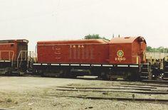 TRRA B 560   Description:  TRRA B 560 - Hump Braking Slug, built as SW7. June 1984   Photo Date:  6/1/1984  Location:  East Saint Louis, IL   Author:  Keith Belk  Categories:    Locomotives:  TRRA B560(Yard Slug)