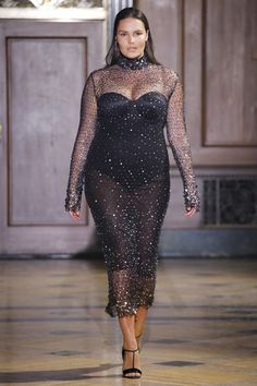Sophie Theallet Fall 2016 Ready-to-Wear Fashion Show Fall Fashion 2016, Fall Fashion Trends, Fashion Week, Runway Fashion, Fashion Models, Fashion Show, Autumn Fashion, Fashion Beauty, Curvy Girl Fashion