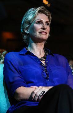 JANE LYNCH DIVORCE TURNS UGLY! - The National Enquirer