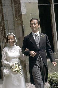 Dutch Princess, Royal Princess, Prince And Princess, Royal Wedding Gowns, Royal Weddings, Wedding Bride, Dutch Royalty, Royal Brides, Famous Celebrities