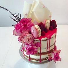 hot pink and gold cake - Google Search
