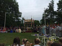 Sacraments Processie in oud-#Zevenaar. #waardig Zondag 21 juni 2015. Via twitter @anja