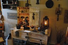 Primitive Decor Rooms | Recent Photos The Commons Getty Collection Galleries World Map App ...
