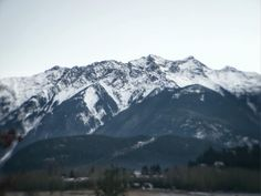 Mount Currie or Ts'zil in Pemberton. Such a lovely view from our B&B