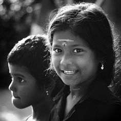 "ORDINARY PEOPLE - ""My name is Mahesh and I am from Chennai, India. I started my photography journey in 2008 and took photographs of everything which I felt was beautiful. I shot macro, nature, landscape, etc. but it did not seem to satisfy me much. I then realized my interest was towards people photography and it soon became a passion."""