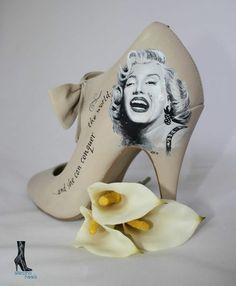 099f2fbcc13c marilyn monroe shoes