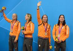 De zwemsters Inge Dekker, Femke Heemskerk, Ranomi Kromowidjojo en Marleen Veldhuis hebben op de Olympische Spelen 2012 in Londen (Engeland) zilver gehaald op de 4 x 100 m vrij
