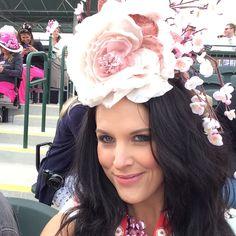 Kentucky Oaks 140 - Custom Arturo Rios Hats Cherry Blossom. Love, love, love. ( Kentucky Derby style ) #MyStyle