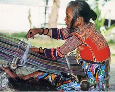 the love of colour and pattern are evident in the various indigenous weaving styles. Each tribe has its own distinctive patterns handed down through generations. The weaver pictured here is a Mandaya, from Davao del Sur.