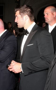 Tim Tebow Zimbio gallery (as of tonight May 12, 2012) they say they have 1628 photos!