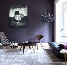 How to add the impossible Ultra Violet's Pantone color of the year 2018 in your home? Here are French By Design approved Ultra Violet interiors.