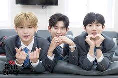 Get It Beauty with Justin, Euiwoong & Hyeongseob Lee Euiwoong, Justin Huang, Produce 101 Season 2, China, Boyfriend Material, Rapper, Kpop, Entertaining, Celebrities