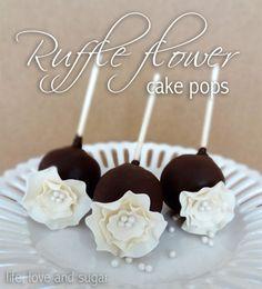 Ruffle flower cake pops