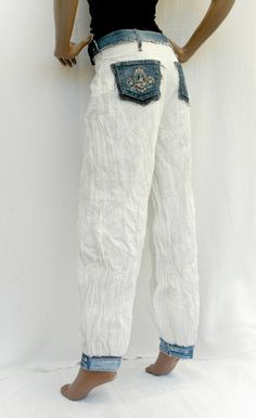 9aeb442c85e011 White   Denim White crumpled pants with recycled jeans
