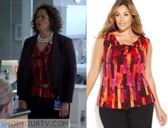 Gloria Akalitus (Anna Deavere Smith) wears this red drape front top in this episode of Nurse Jackie. It is the Calvin Klein [...]
