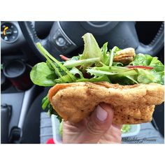 hi guys this was my quickly lunch at midday in the car 4 egg whites (I make it in the oven to looks like a sandwich) filling with salad. Conforming my new diet plan I will allow to eat just at 9pm  let's see how it will carry on. You just can reach the goal of you have persistence.  partner/ media collaboration  email or direct  ____________________________________  Oi gente paradinha rápida para a minha segunda refeição as 12:00 no carro. Sanduíche de folhas. Sendo que o pão foi feito com 4…