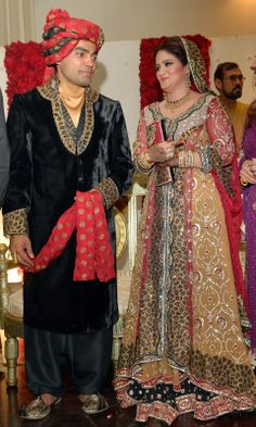 Pakistani Cricketer Umar Akmal With Wife Wedding Pictures