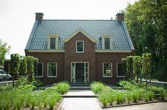 www.buytengewoon.nl landelijke-tuinen plantrijke-villatuin-met-niveaus-in-garderen.html