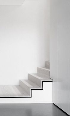 Black on White, black and white and concrete stairs, white stairs, modern, clean Interior Staircase, Staircase Design, Interior Architecture, Interior Design, Stair Design, Minimal Architecture, Architecture Details, Black And White Interior, Black White