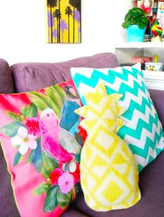 Bookmark this easy sewing DIY project to make a pineapple throw pillow for your beach house couch.