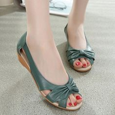 Soft Leather Slip On Comfortable Lady Flat Loafers is cheap and comfortable. There are other cheap women flats and loafers online. Sierra Leone, Uganda, Georgia, Loafers Online, Sandals For Sale, Fashion Flats, Types Of Shoes, Wedge Sandals, Beach Sandals