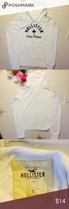 💭Girls Hollister sweater💭 Good Condition Hollister Jackets & Coats