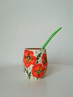 Hand Painted Mugs, Painted Pots, Creative Crafts, Diy And Crafts, Arts And Crafts, Hand Built Pottery, Pottery Art, Decorated Flower Pots, Stencil Designs
