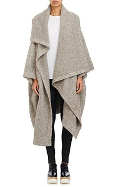 This would be stunning in Black & GREAT for long intl. Stella McCartney Knit Blanket Sweater Coat at Barneys New York Look Fashion, Winter Fashion, Fashion Design, Mode Cool, Blanket Coat, Poncho, Sweater Coats, Brown Sweater, Fall Trends
